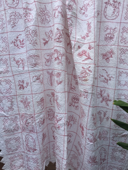 Emil. Mae's Redwork quilt dated August 1917